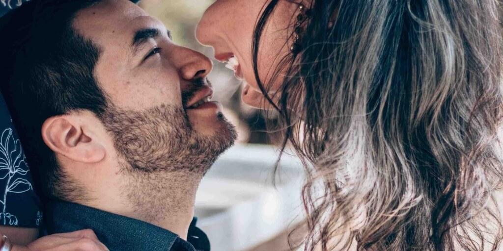 Hoe kun je je relatie verbeteren zonder er over te praten?
