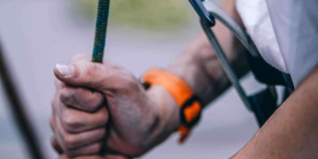 Wat zijn de belangrijkste behoeften voor het creëren van veilig gehechte teams?